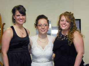 Kyla and her Co-Maids of Honor