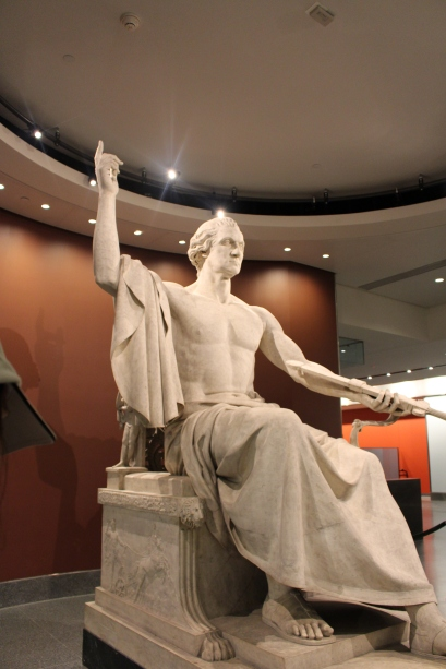Museum of American History: Statue of Washington