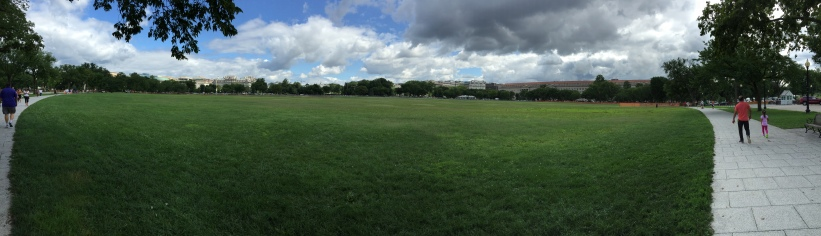 Panorama Richole took of the White House and the Eclipse