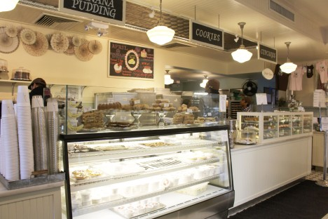 Magnolia Bakery (2) - EDITED